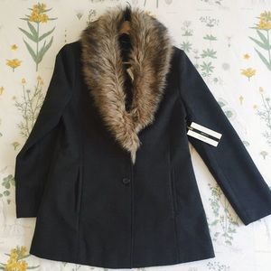 New F21 Faux Fur Coat